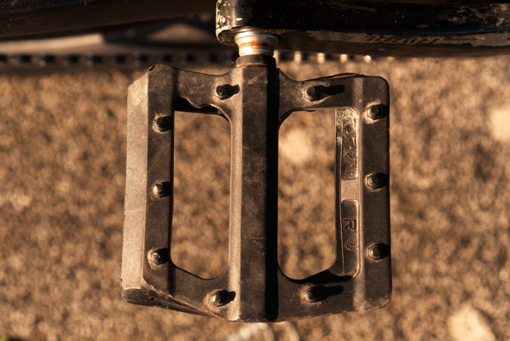 BLB flat pedals